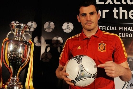 Euro 2012: Iker Casillas, Adidas Unveil Final Match Ball