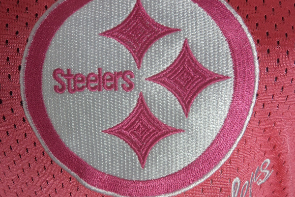 Pink Steelers Jerseys Are an Absolute Hypocrisy