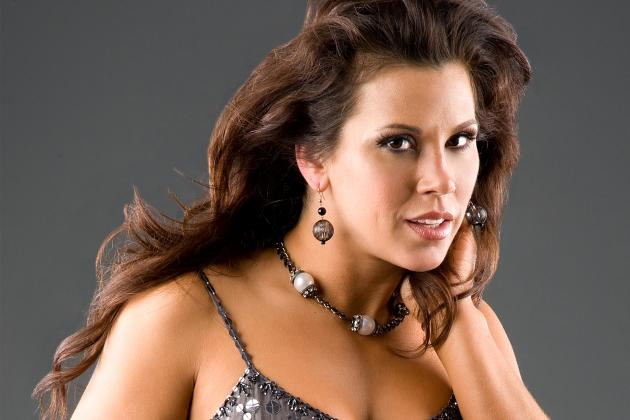 Wrestling News: Former WWE Diva and Current TNA Knockout Claims She's an Icon