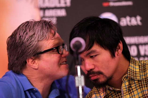 Floyd Mayweather: Manny Pacquiao's Trainer Too Bold with Recent Comments