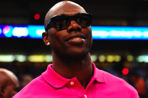 Terrell Owens and Mark Brunell Are Broke: Many Struggle; Is That on Them?