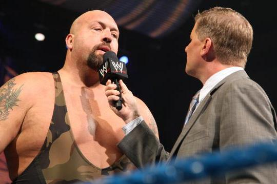 WWE News: Update on the Rivalry Between John Laurinaitis and Big Show on RAW