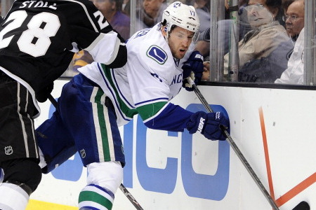 Vancouver Canucks: How Does the Injury to Ryan Kesler Impact Them Going Forward?