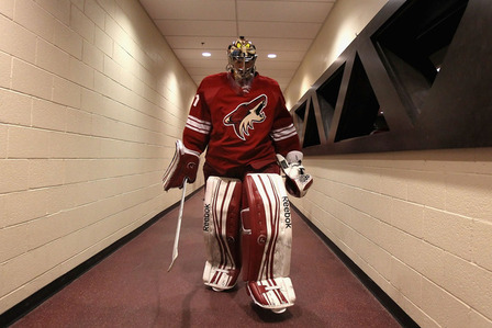 NHL Playoffs 2012: Phoenix Coyotes Must Limit Shots on Mike Smith to Win