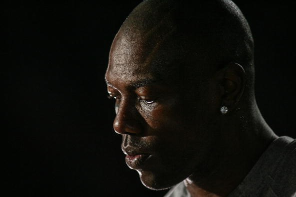 Andrew Luck's Indianapolis Colts Need to Sign Terrell Owens Immediately