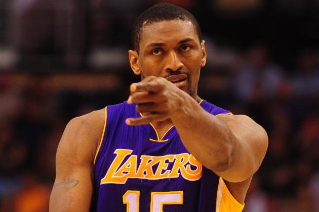 Metta World Peace Booed Loudly by OKC Thunder Crowd Prior to Game 1
