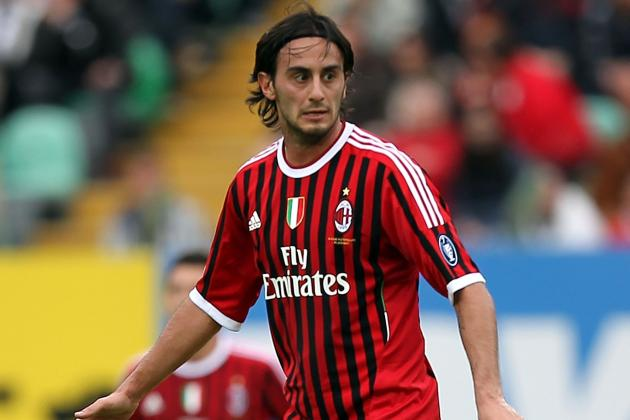 Liverpool Midfielder Alberto Aquilani Keen to Stay in Italy
