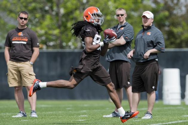 Browns Rookie WR Benjamin Improving, Shurmur Thinks He Can Contribute Right Away