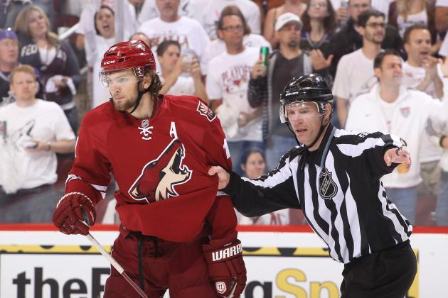 Martin Hanzal Suspension: Coyotes Will Be Without Forward for Game 3 vs. Kings