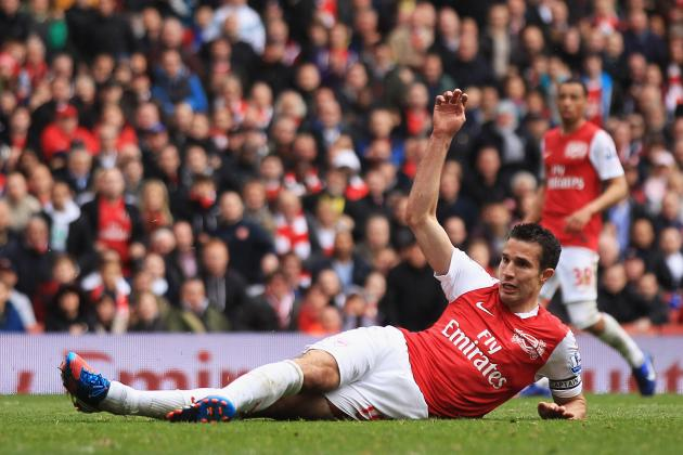 Arsenal Transfer Rumors: Robin Van Persie Will Cash in with Gunners