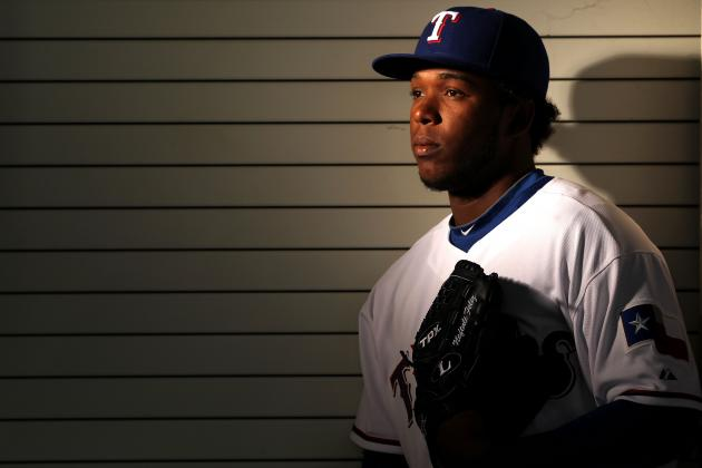 Texas Rangers Place Neftali Feliz on 15-Day DL with Elbow Inflammation