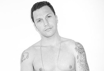 Sean Avery: Not in NHL Playoffs, Getting a Handle on Semi-Nude Modeling (PHOTO)