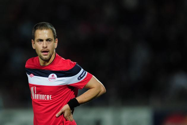 Liverpool Transfer Rumours: Club Would Be Wise to Keep Joe Cole Away