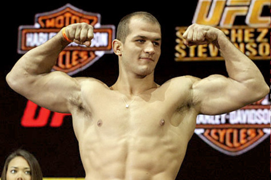 UFC 146: Junior Dos Santos vs. Frank Mir Live Streaming Weigh-in Video