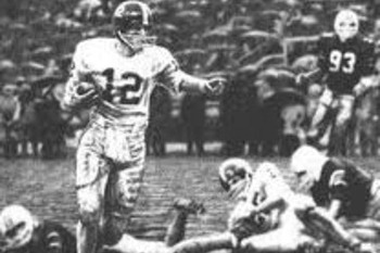 Classic SEC Football: Alabama Tops Auburn in 1967 in Stabler's 'Run in the Mud'
