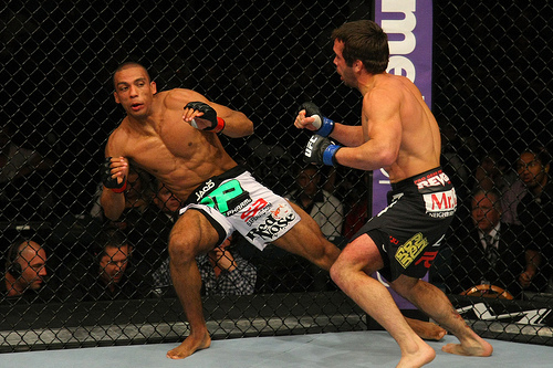 UFC 146 Results: Who Is to Blame for Overhyping Fighters Like Edson Barboza?