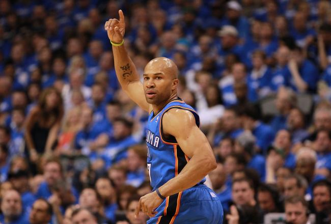 Derek Fisher is 5/5 from the floor and has scored 11 points.