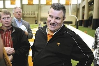 Tennessee Football: Can New DC Sal Sunseri Help Save Derek Dooley's Job?