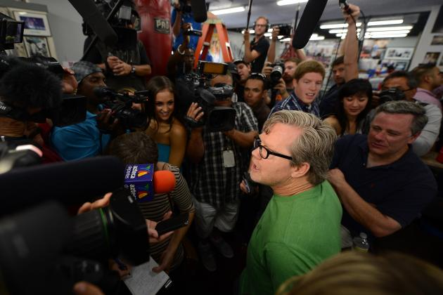 Freddie Roach Will Not Allow Ariza in the Corner for the Bradley Fight