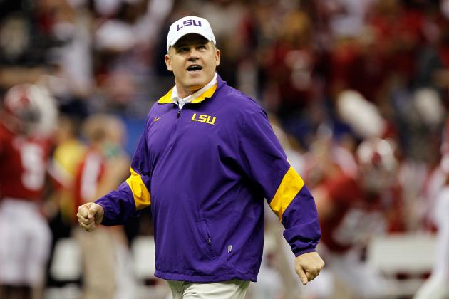 LSU Football: How Les Miles Plans to Rebound After Disastrous Ending Last Year