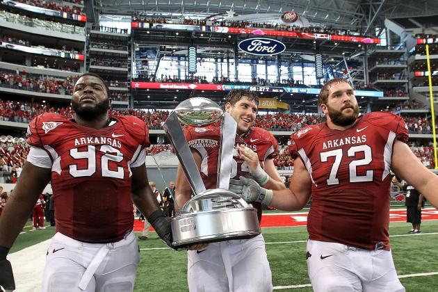 Arkansas Razorbacks: Your Morning News with the Latest on Football and Baseball