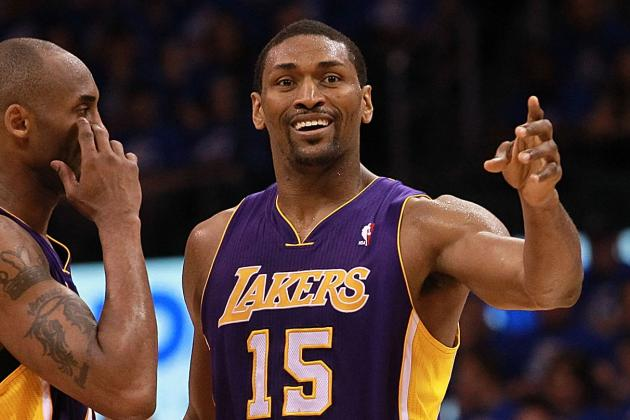 Los Angeles Lakers: Metta World Peace Does Weather for Vancouver TV Station