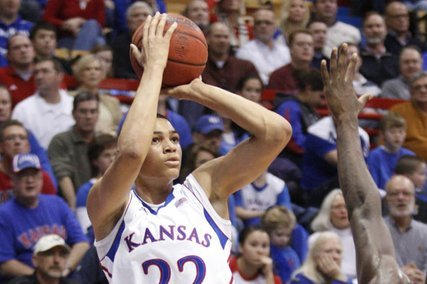 Report: New Mexico Adds a Small Forward in Kansas Transfer Merv Lindsay