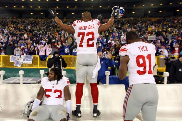 NY Giants Make a Smart Move by Giving DE Osi Umenyiora a Little Bit More Money