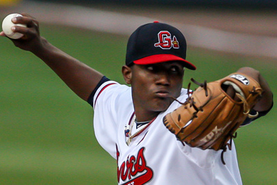Julio Teheran Replaces an Injured Tim Hudson on Sunday