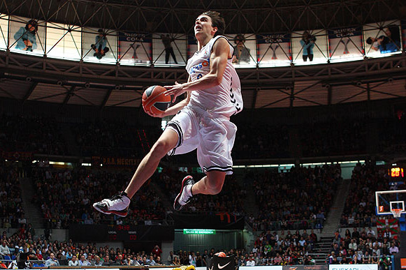 Tomas Satoransky to Wizards: Scouting Report, Video Highlights and Analysis