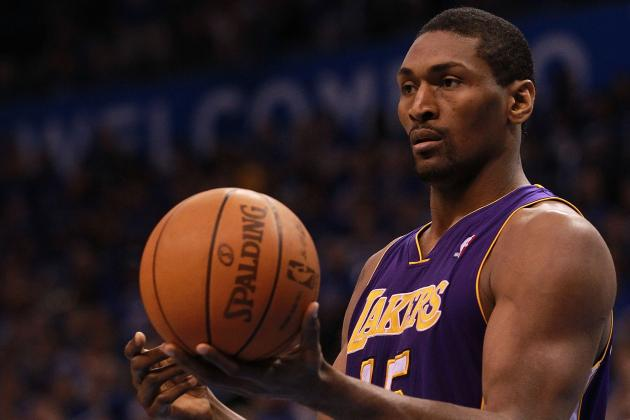 Why Laker Fans Should Worry About Metta World Peace's Offseason Plans