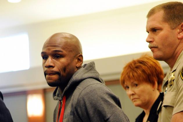 Mayweather's Lawyer and Doctor Call for House Arrest Due to Health Concerns