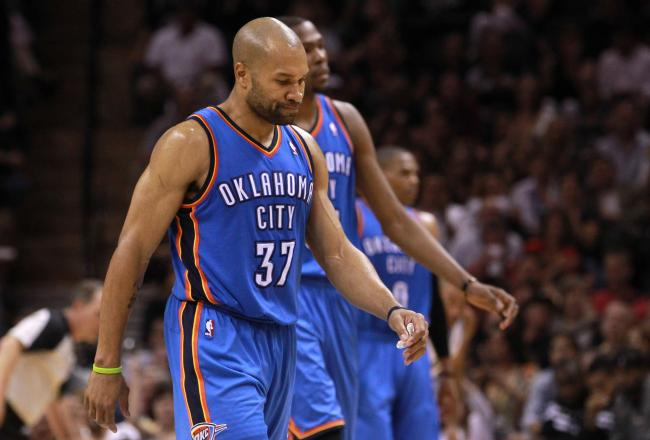Derek Fisher has six points in the first half.