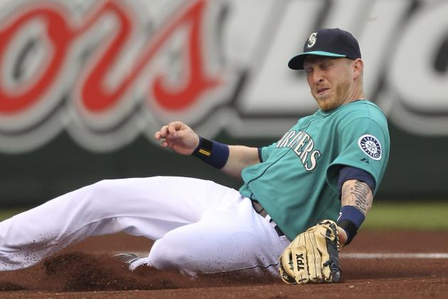 Seattle Mariners: Mike Carp's Struggles Mirror the M's Bigger Issues