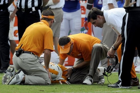 Tennessee Football: Why Derek Dooley Will Be Fine If Vols Stay Healthy