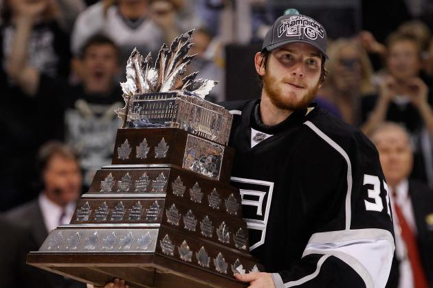 Jonathan Quick or Tim Thomas: Who Had the Better Conn Smythe Performance?