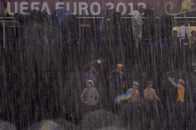 Ukraine vs France Euro 2012: Match Temporarily Suspended Due to Lightning