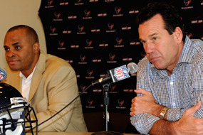 Texans Extend Contracts of Gary Kubiak and Rick Smith