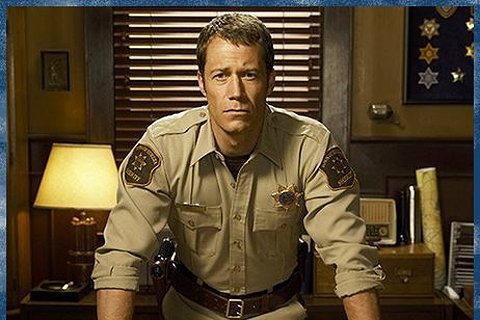 NHL Celebrity Fans: Colin Ferguson Channels Sheriff Carter for His Rule Proposal