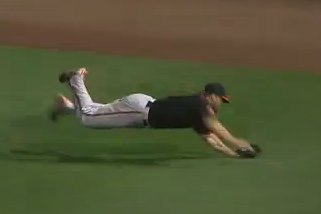 Davis Makes a Fantastic Diving Grab in Right