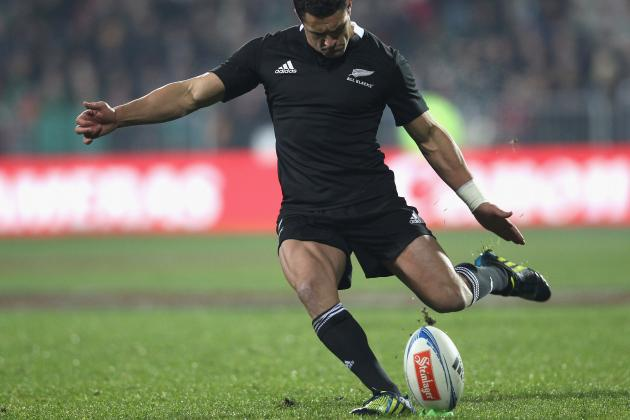 All Blacks: Daniel Carter Drop Goal Steals Last-Minute Win over Ireland