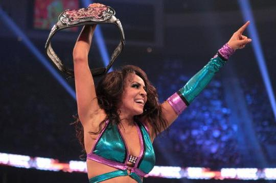 WWE No Way Out 2012 Results: What We Learned from Layla's Win over Beth Phoenix