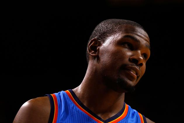 Debate: Was Brooks' Decision to Sit Durant with 4 Fouls the Right Call?