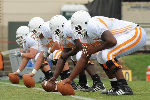 Tennessee Football: What You Need to Know About the Vols' Offensive Line Depth