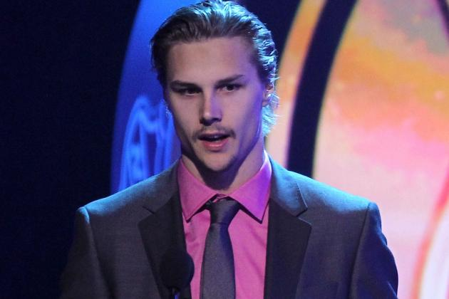 Erik Karlsson Wins Norris as Best Defenseman
