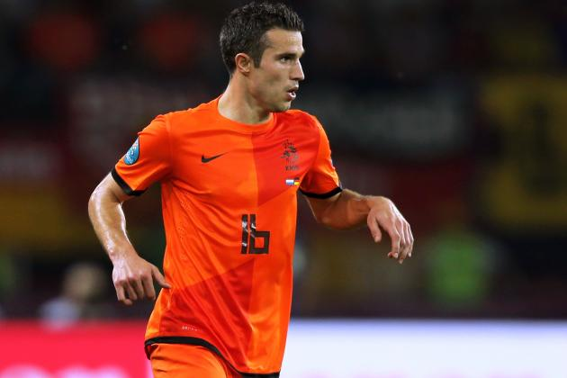 Report: Man City Primed to Make Formal Offer for Robin Van Persie