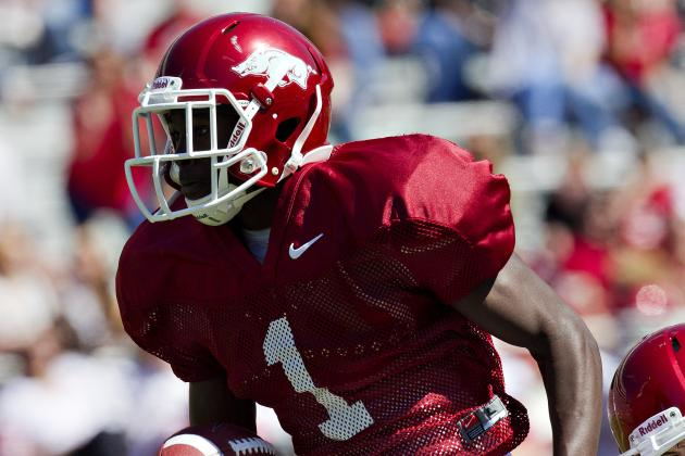Arkansas Football: Should John L. Smith Allow Marquel Wade to Play?