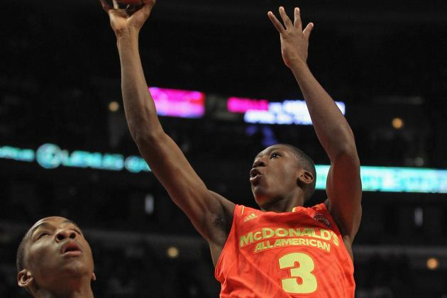 PC Recruit Kris Dunn Injures Shoulder; Status Unclear
