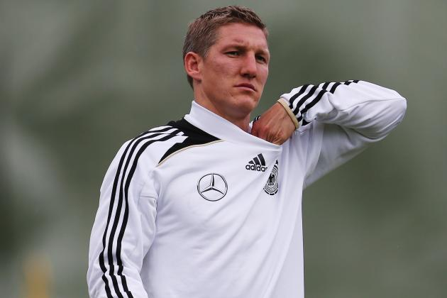 Schweinsteiger Declares Himself Fit to Face Italy