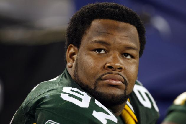 Green Bay Packers: Johnny Jolly Deserves Training Camp Tryout If Reinstated